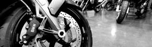 Motorrad service shop close up of brake