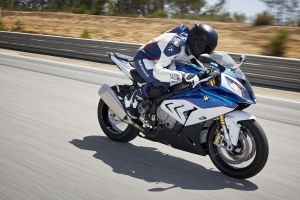 s1000RR on the track image